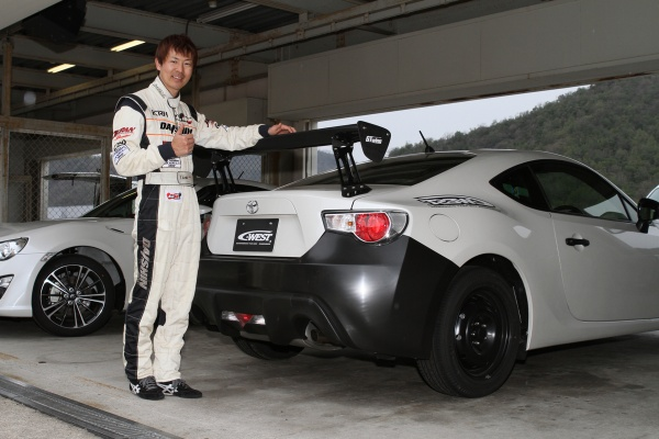 C-WESTブログ(最新情報から裏ネタまで) >> 2012年4月20日 TOYOTA 86 GT-WING NEO ...